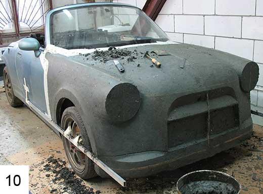 Мастер модель уже приблизительно напоминает задуманный дизайн автомобиля.